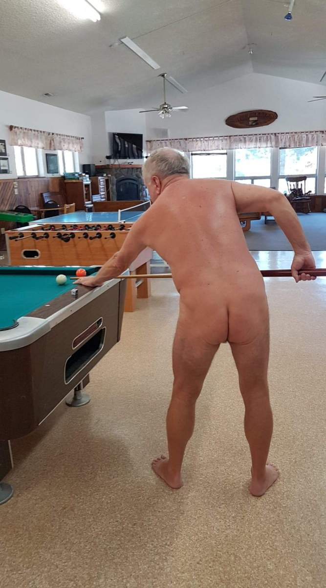 Playing Pool 2